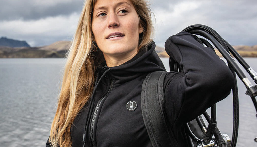 https://thehonestdiver.com/wp-content/uploads/2020/11/Fourth-Element-Xerotherm-Womens-Hoodie-Stretch.jpg