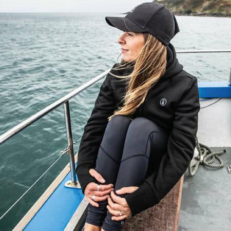 https://thehonestdiver.com/wp-content/uploads/2020/12/Fourth-Element-Arctic-Hoodie-Boat.jpg