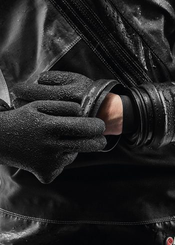 Santi dry glove system